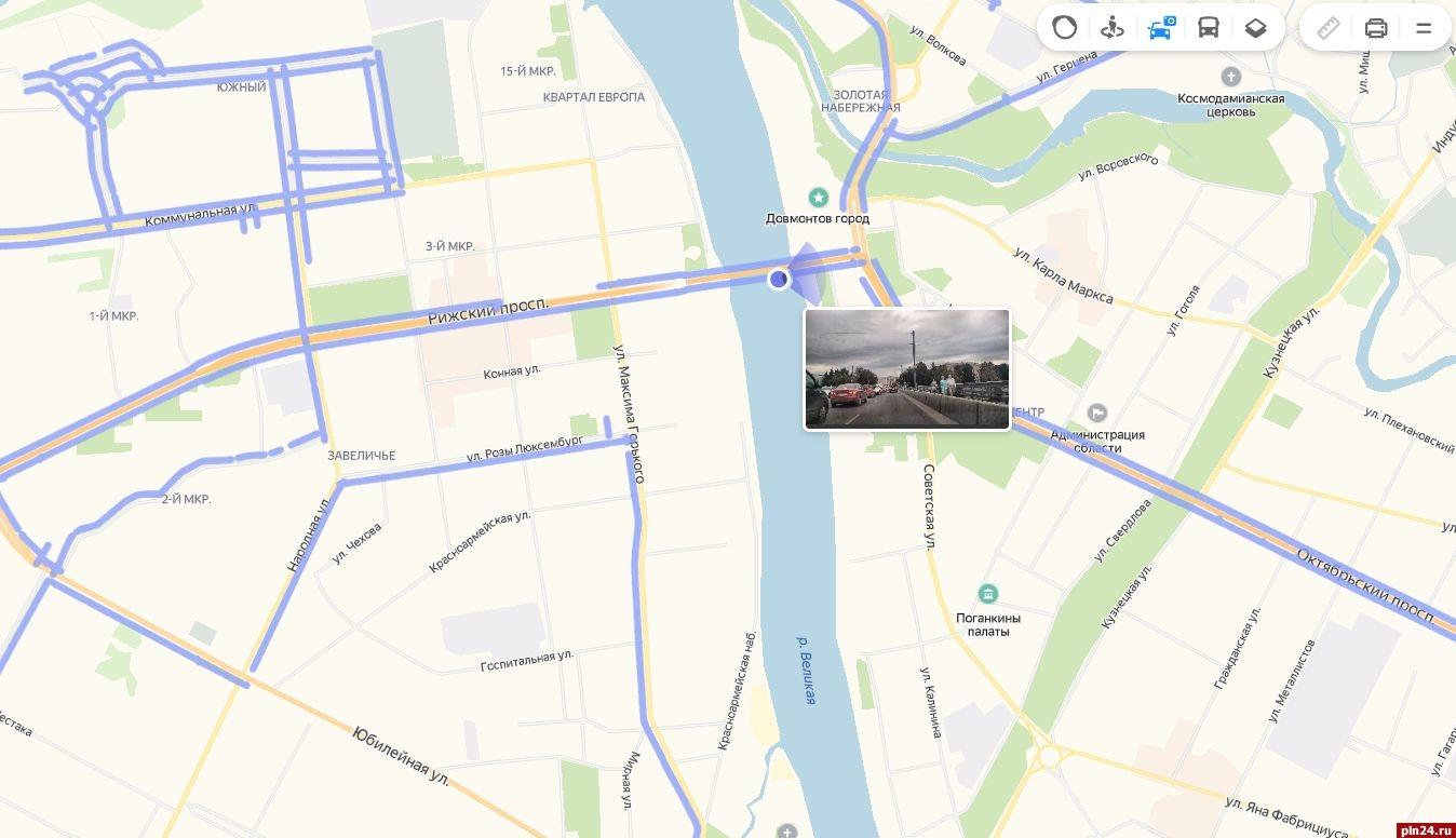Карты помогут найти нужное место даже без точного адреса и построят до него маршрут на общественном транспорте, автомобиле или пешком.